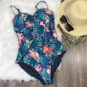 Old Navy   Cinch Front One Piece Swimsuit Floral